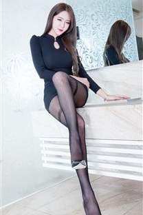 长腿黑丝美女撩人诱惑图片大全