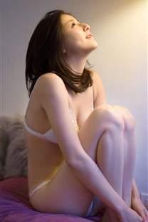 清纯美女少妇白色内衣私房写真诱人图片_高清手机壁纸图片大全