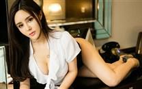 性感制服诱惑翘臀美女图片_高清桌面壁纸