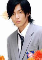 佐野泉(17岁)