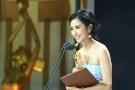 佟丽娅获奖 陈思成示爱:你是我最爱的女演员