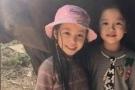 赵薇不干涉女儿穿衣打扮:没人管她都是自己穿