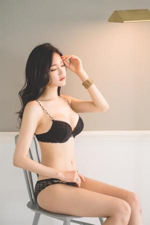 韩国网拍模特超正写真手机壁纸_高清手机壁纸图片大全