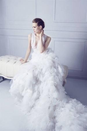 欧美美女晚礼服写真安卓壁纸_高清手机壁纸图片大全