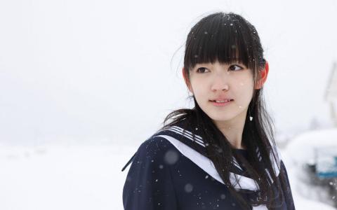 日本清纯美女铃木爱理壁纸_高清桌面壁纸