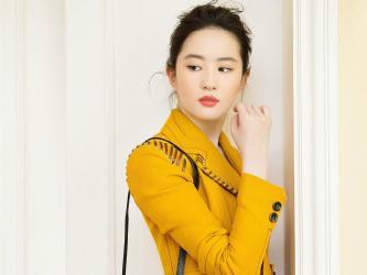 刘亦菲红衣白裙美艳写真第[1]图片