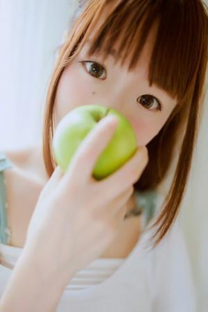 清新丸子头美女室内写真图片图片[5]