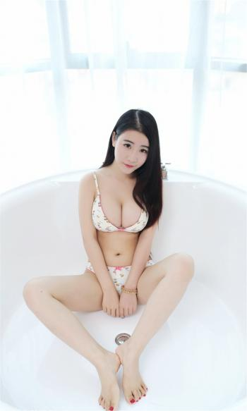 性感美女浴缸诱惑写真手机壁纸_高清手机壁纸图片大全