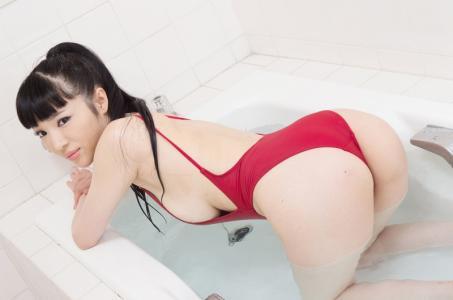 日本mm森下悠里爆乳装性感沐浴照内衣秀福利写真图片
