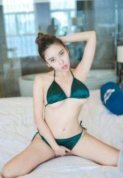 头条女神巨乳美女梓熙全裸美女无码全裸写真专辑