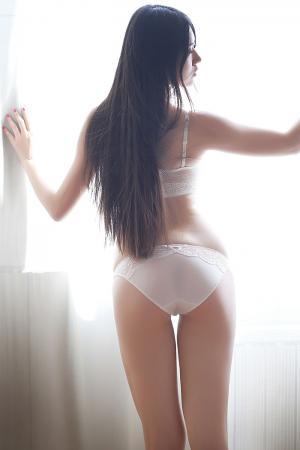 娇羞学妹婧婧白色内衣秀完美身材图片[37]