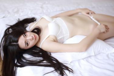 娇羞学妹婧婧白色内衣秀完美身材图片[47]