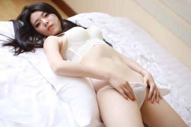 娇羞学妹婧婧白色内衣秀完美身材图片[48]