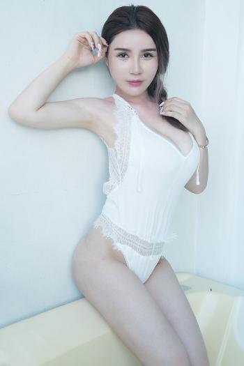 美乳宅男女神陈秋雨魔鬼身材无圣光内衣秀壁纸图片