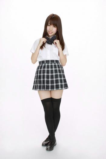 日本美女白石瑞穂高清壁纸大图片