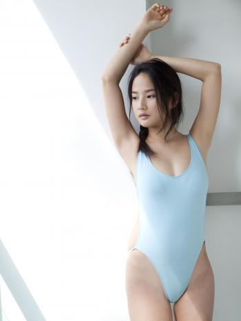日本少女高嶋香帆KahoTakashima情趣内衣秀诱惑海边大图片图片[40]