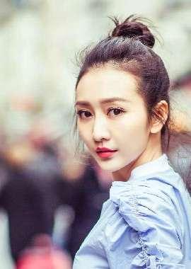 气质女星王鸥时尚街拍写真