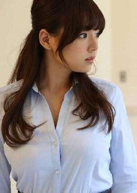 日本童颜美胸美女写真_高清桌面壁纸