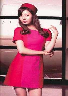 少女时代空姐制服妩媚高清壁纸1280X800_高清桌面壁纸