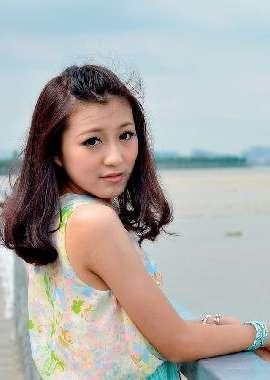 夏日阳光女孩桌面壁纸【P】高清桌面壁纸
