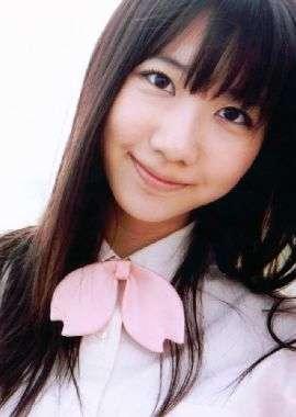 日本女星柏木由纪性感写真