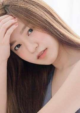 清纯长发美女性感私房照高清桌面壁纸...