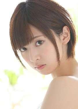 日本美女明星桥本奈奈性感写真桌面壁纸_高清桌面壁纸