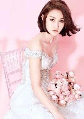 短发粉红女生甜美温馨写真高清壁纸_高清桌面壁纸